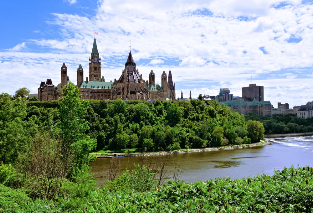 parliament hill in ottawa ontario